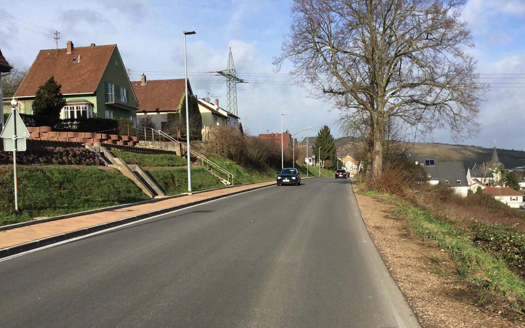 Bundesstraße teil und voll gesperrt